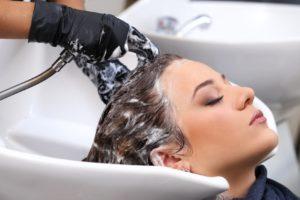 relaxujte a mytí vlasů nechte na nás